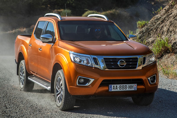 news nissan np300 navara neuer pick up soll ma st be in. Black Bedroom Furniture Sets. Home Design Ideas