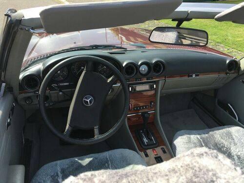 Mercedes-Benz SL 380