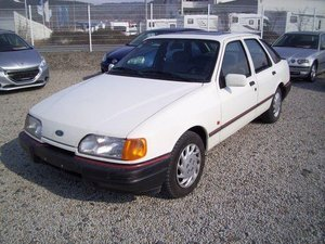 Ford Sierra Youngtimer! LX,Aut. orig. 68700 km,1Hand!